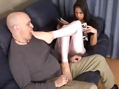 Ознаке: ženska dominacija, fetiš na stopala.