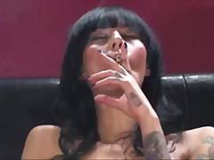 Tags: piedauzīgie, smēķēšana, pornozvaigznes, masturbācija.