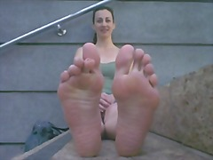 Ознаке: iz ugla kamere, meka pornografija, fetiš na stopala.