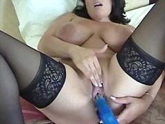 Tags: böyük döşlər, masturbasya.