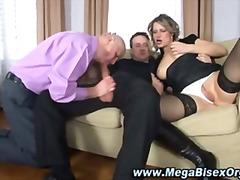 Tags: hardkorë, pederat, dy meshkuj dhe një femër, thithje.