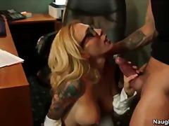 Tags: pornostar, große brüste, sekretärin, großbusig.