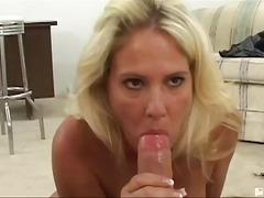 Tag: isap, rambut blonde, porno hardcore, ibu seksi.