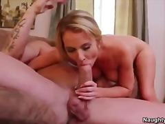 Ознаке: lezbejke, plavuše, analni sex, prst.