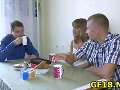 Ознаке: tinejdžeri, evropski, pušenje kurca, hardkor.