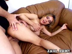 Tag: porno hardcore, ibu seksi, rambut blonde.