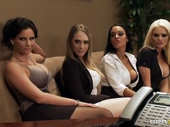 Tag: realiti, pejabat, ibu seksi, bintang porno.