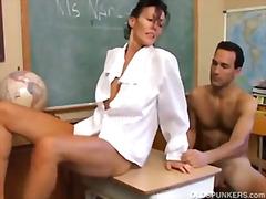 태그: 엄마, 섹시한중년여성, 아내, 영계 좋아하는 아줌마.