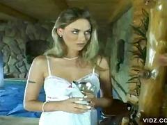 Tag: tetek mantap, rambut blonde, porno hardcore, isap.