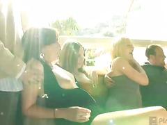 Žymės: hardcore, oralinis seksas, striptizas, svingeriai.