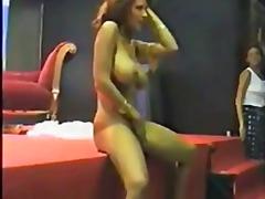 Sildid: õrritus, stripp.