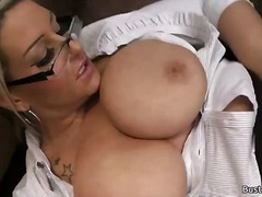 Tagy: nylonky, amatérská videa, hardcore, velký prsa.