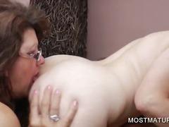 태그: 성적쾌감, 항문, 나이든여자, 할머니.