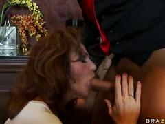 Tag: ibu seksi, dubur, rambut merah, porno hardcore.