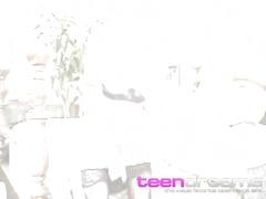 Tags: თინეიჯერი, ნეილონი, ქერა.