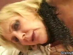 टैग: बुड्ढी औरत, भयंकर चुदाई.
