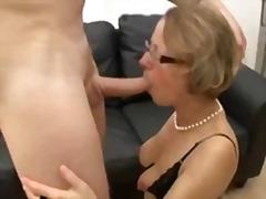 टैग: वीर्य निकालना, अधेड़ औरत, गुदामैथुन.