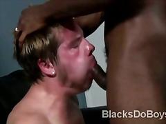 Žymės: juodaodės, jaunieji gėjai, gėjų porno, juodaodžių porno.