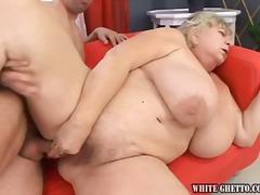 टैग: बड़े स्तन, खूबसूरत विशालकाय महिला.