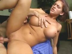 टैग: पोर्नस्टार, बड़े स्तन, भयंकर चुदाई.