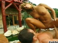 Žymės: natūralūs papai, oralinis seksas, blondinės, žaisliukai.