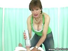 टैग: अधेड़ औरत, नकली लंड, हस्तमैथुन, खिलौना.