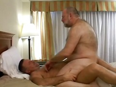 gay berbulu - 714 film porno