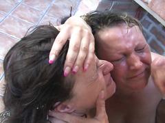 टैग: बड़े स्तन, अधेड़ औरत, हंगरी का निवासी.