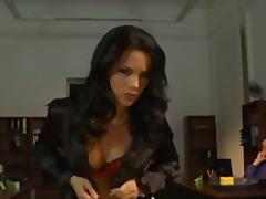 Žymės: hardcore, sekretorės.