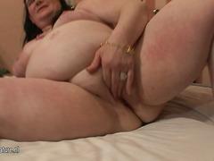 Tags: große brüste, nackt, spielen, granny.
