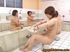 Žymės: japonės, subrendusios, karštos mamytės, azijietės.