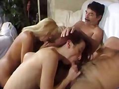 Tags: mājkalpotāja, blondīnes, tīņi, lesbietes.
