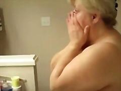 Tag: matang, ibu seksi, nenek.