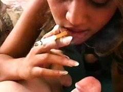 علامات: قوة, تدخين, فتشية.