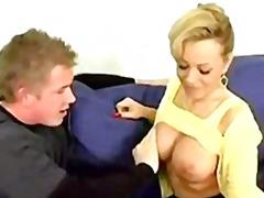 Tag: ibu seksi.