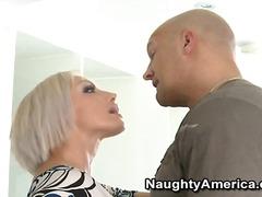 Tag: porno hardcore, lidah, hisap konek, bintang porno.
