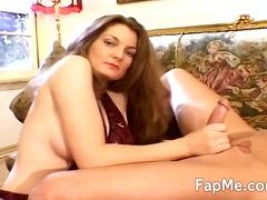 Tag: telanjang, gemuk, kerusi/sofa, ibu seksi.