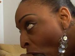 Tags: ejakulēšana sejā, brunetes, orālais sekss, melnādainās meitenes.