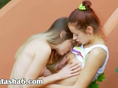 Romantic lesbo adventure from usa.