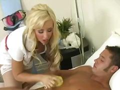 टैग: चूंचियां, वीर्य निकालना, मुखमैथुन.