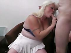 टैग: चूंचियां, बड़े स्तन.