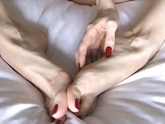 Tag: fetish kaki, pemujaan, tetek, tetek mantap.