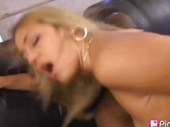 Tags: pīrsings, smagais porno, tīņi, blondīnes.