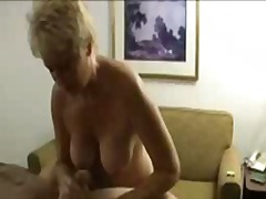 Massage mom tracey ends with cum explosion.