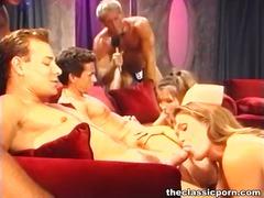 标签: 干白妞, 经典, 干熟女, 裸体秀.