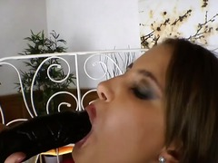 Tags: blowjob, dildo, milch, pussy.