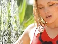 Extreme outdoor splash and unique body.