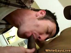 Ознаке: kurac, oralni seks, pušenje kurca, crnkinje.