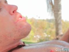 Žymės: gėjų porno, oralinis seksas, hardcore, dailios.