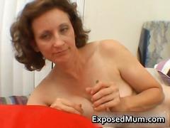 Tags: mātes, masturbācija, rokas masturbācija, pusmūža sievietes.